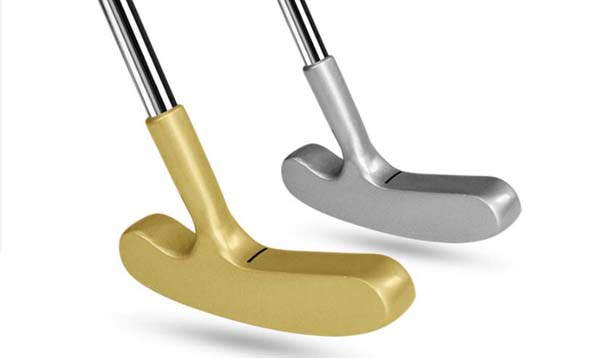 Zinc alloy two way putter